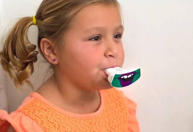 歯磨きをもっと楽に!uFunbrush